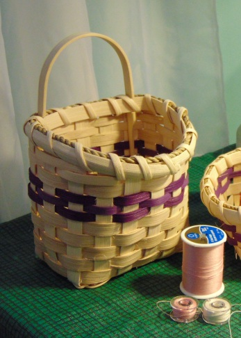 Hanging Little Catch-It Basket Class at It's Sew MaryJane Quilt Shop, Knoxville, TN
